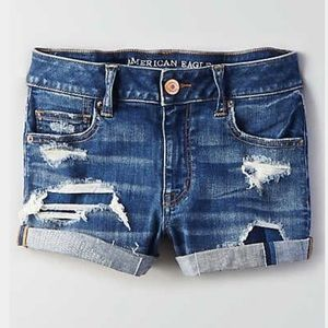 American Eagle High-waisted shorties! 18